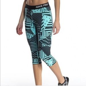 Nike Pants - Nike Pro Patchwork Capri leggings - Size Med